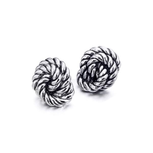 Pendientes en plata en forma de nudo
